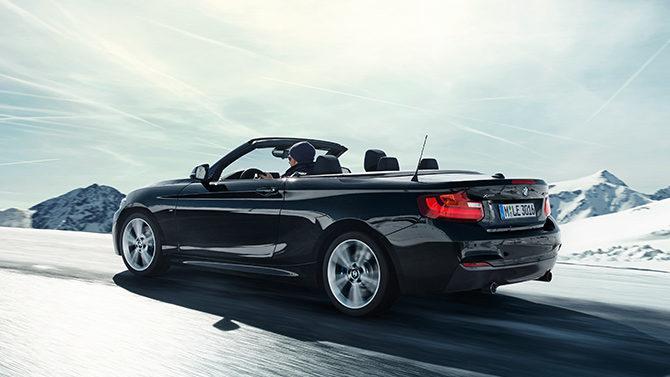あらゆる路面で、 BMWの歓びを広げる。BMW承認オールラウンド・タイヤ、 ContiProContact™発売。