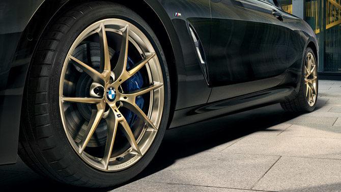 夏のBMWライフを、もっと輝かせるチャンス。 BMW M PERFORMANCE アロイ・ホイール・サマー・キャンペーン